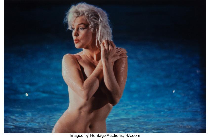Subastan doce fotos de Marilyn Monroe nadando desnuda