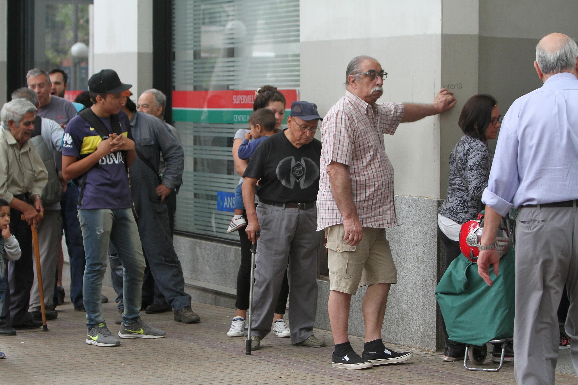 El paro podría extenderse — Banco Provincia