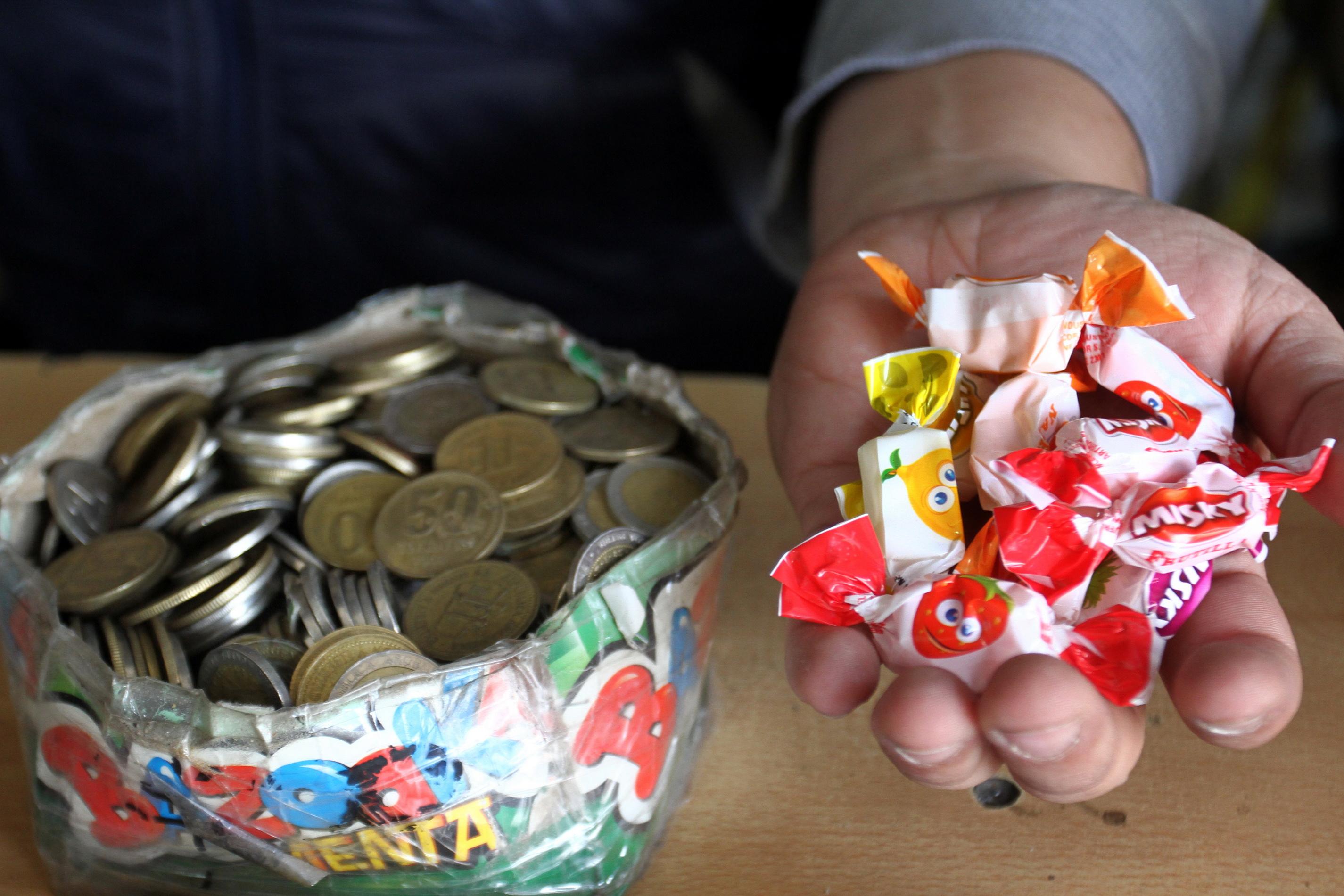 Billetes de cinco pesos: desde este jueves se pueden cambiar en bancos