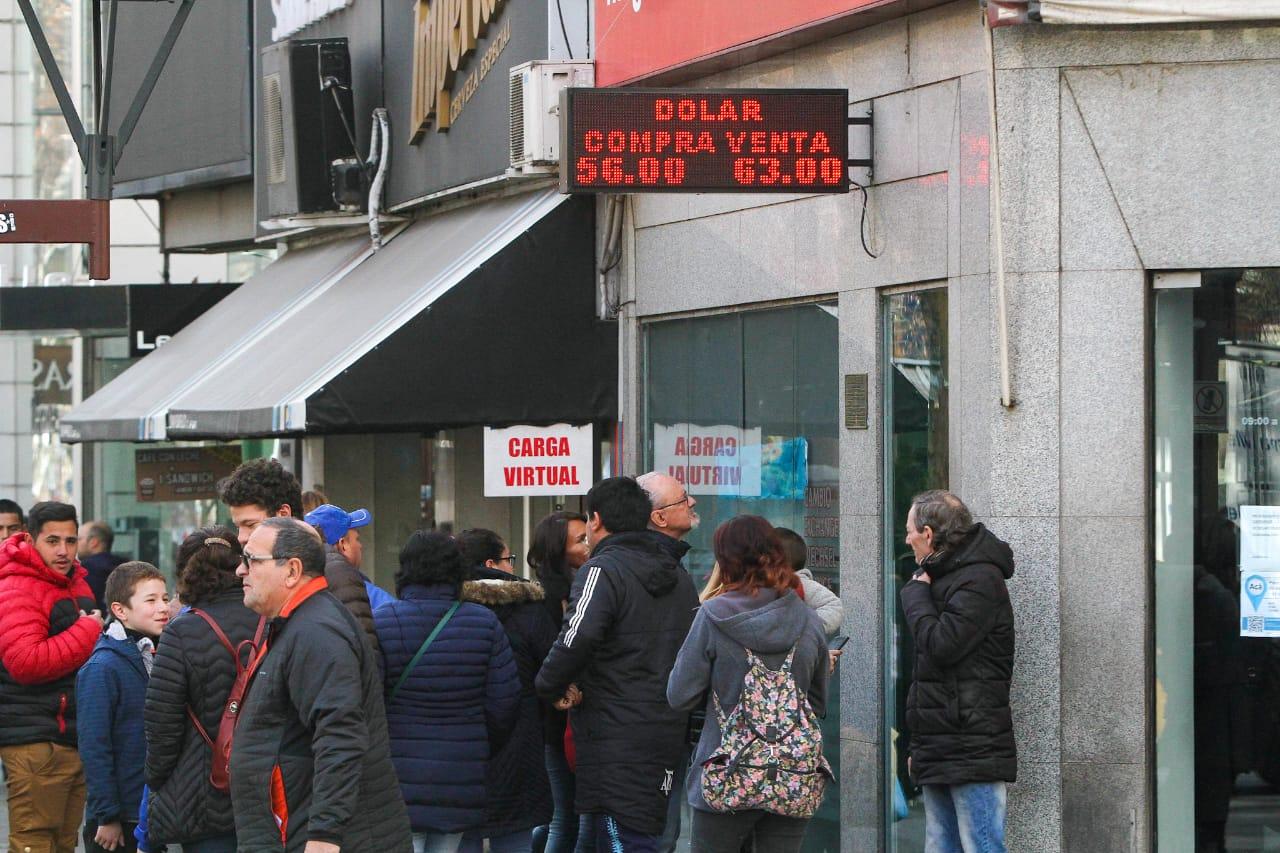 Redrado aseguró que Macri ordenó dejar correr el dólar