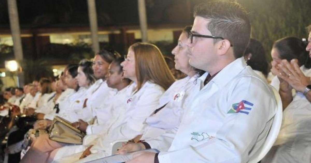 Habilitarán arribo de más de 200 médicos cubanos a Argentina