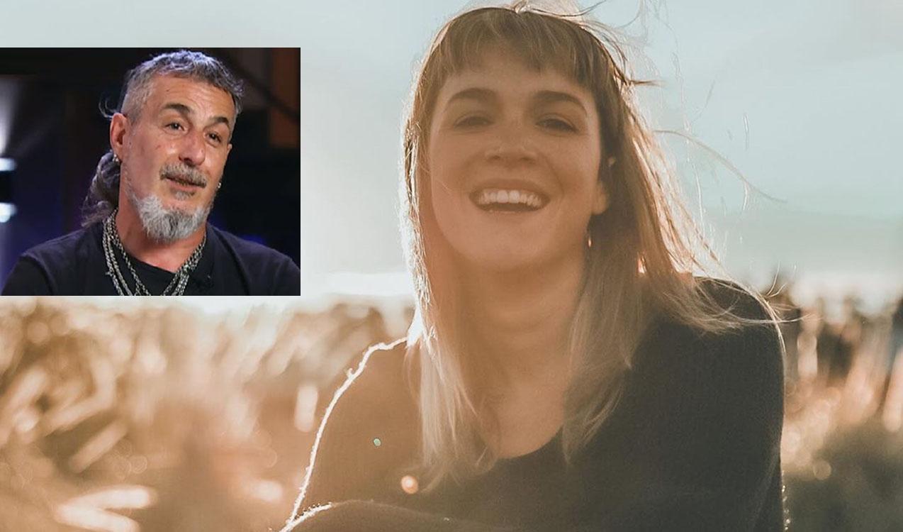 El beboteo de Vicky Xipolitakis a un miembro del jurado — MasterChef Celebrity
