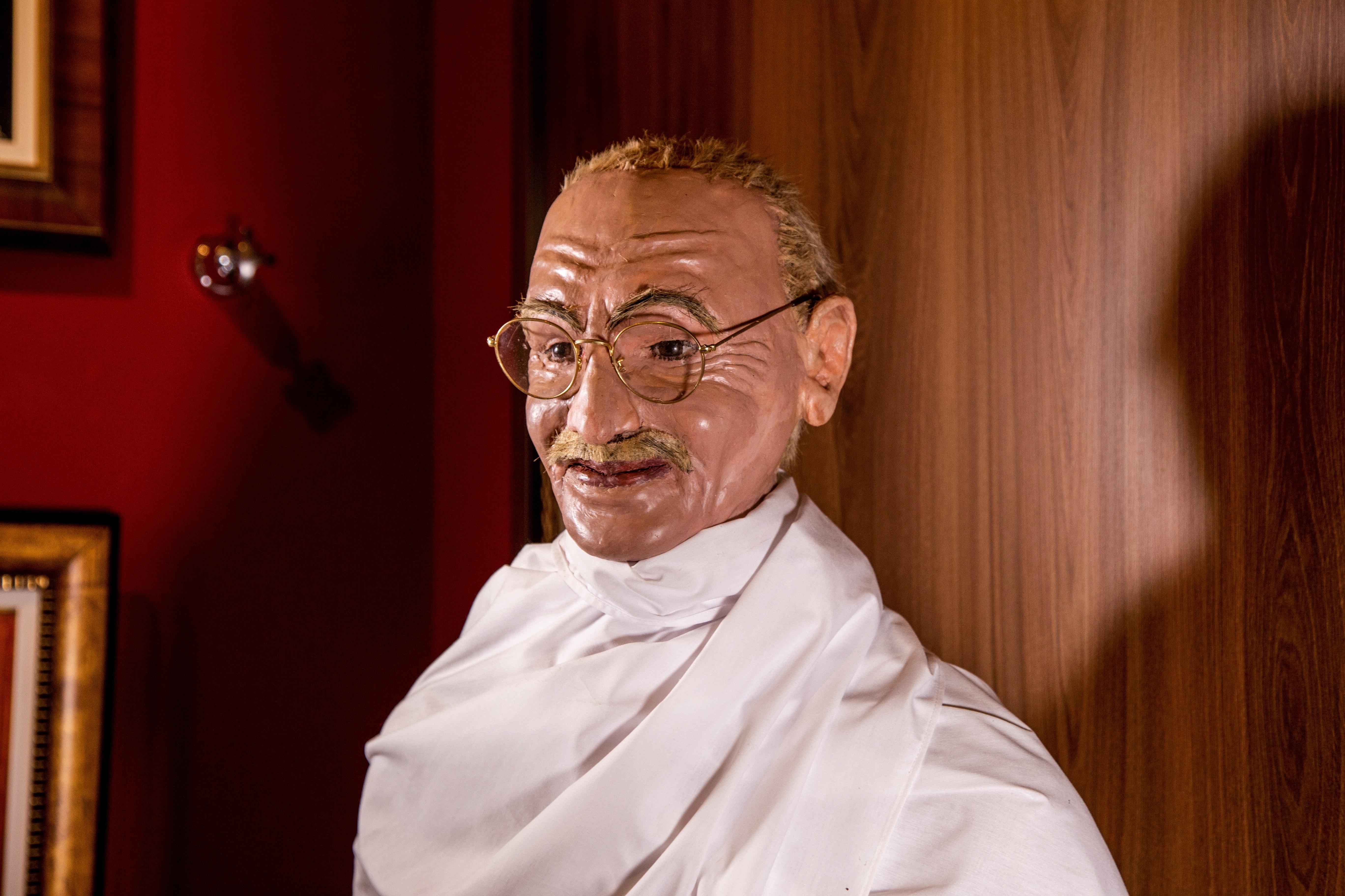 Figura de cera de Mahatma Gandhi. Brazilian Horror Story.