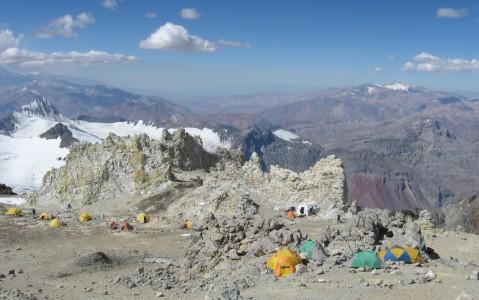 Resultado de imagen para refugio elena a 6 mil metrosd e altura