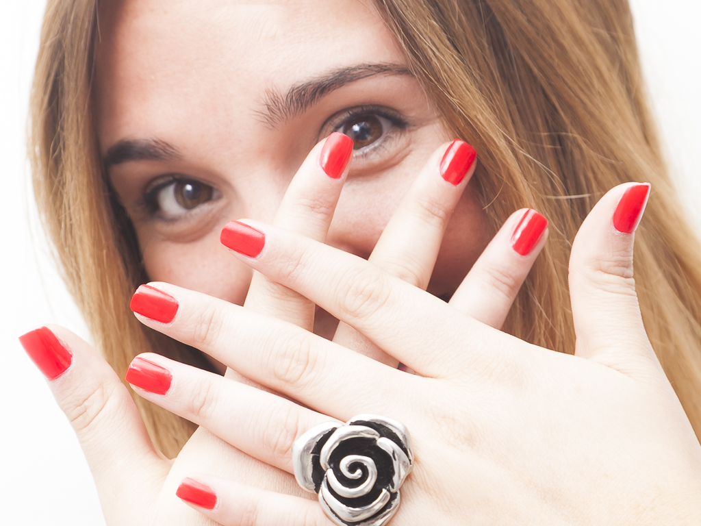 Intro: How to Get Rid of Warts. So, you want to get rid of a pesky wart that keeps hanging around? You have come to the right place. I will give you instructions on how.