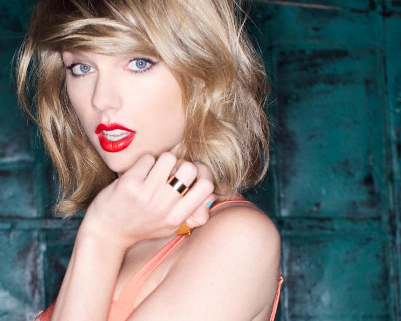 Kanye West Mostró Una Foto De Taylor Swift Desnuda Elsolcomar