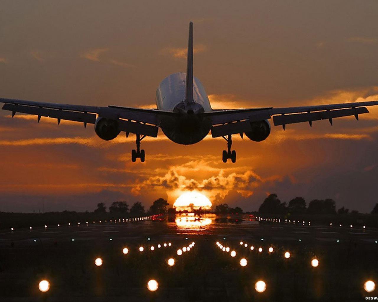 Viajando En Avión: Viajar En Avión Cuesta Sólo $400 Más Que Por Tierra