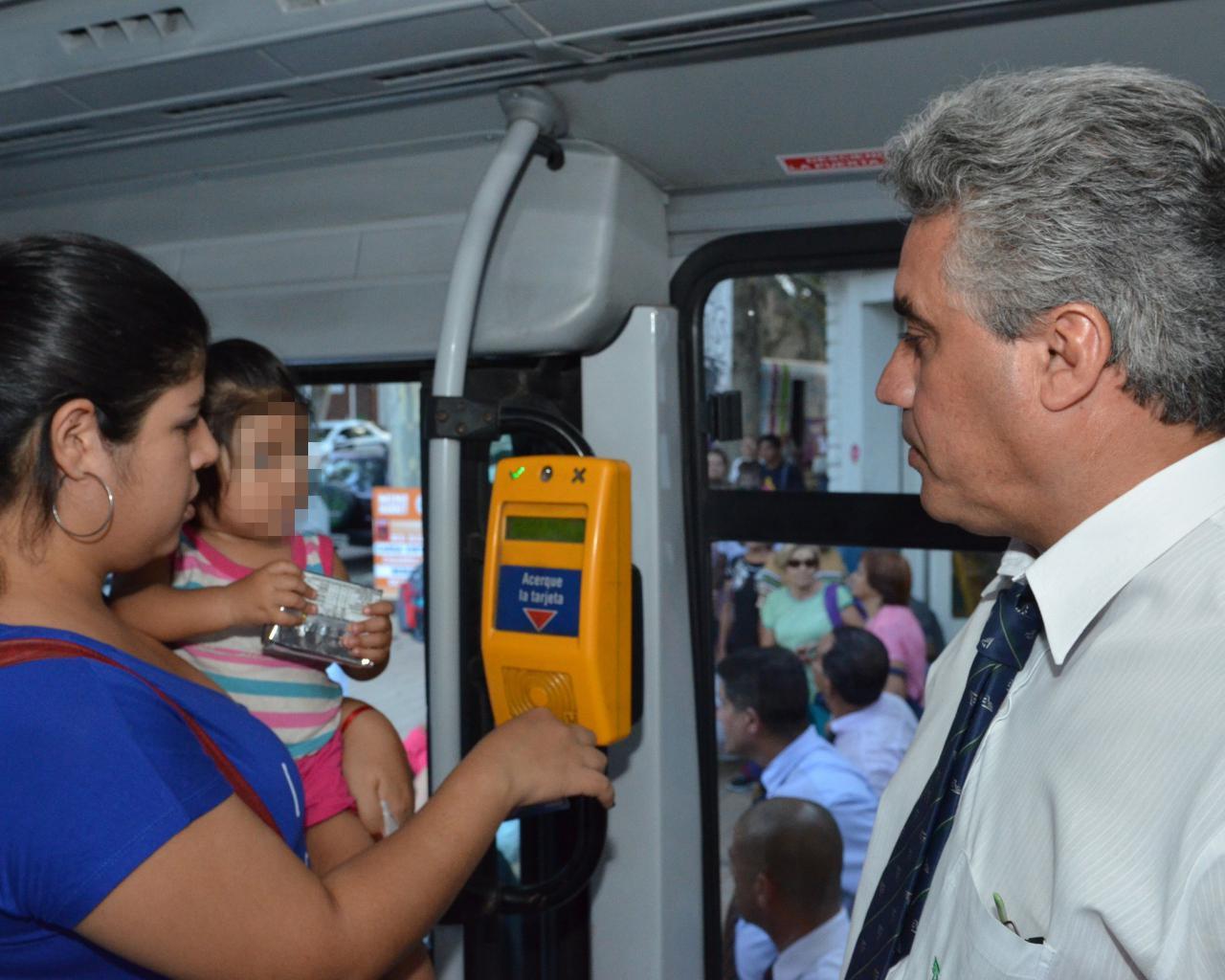 Red Bus: opciones del Gobierno para solucionar la falta de bocas ...